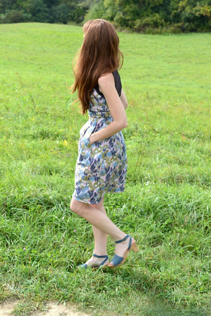 Moonlit Fabric Macaron Dress with Pockets 2