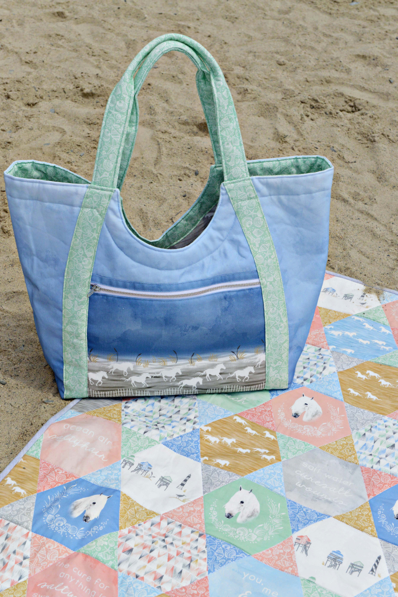 Hawthorne Threads Outer Banks Fabric Quilt and Poolside Tote