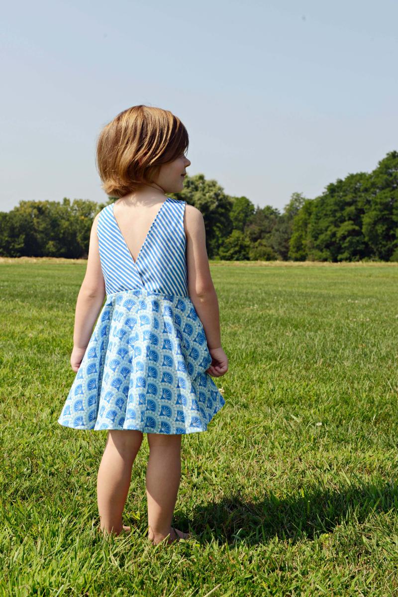 V Back Ayda Dres in Voyager Fabric