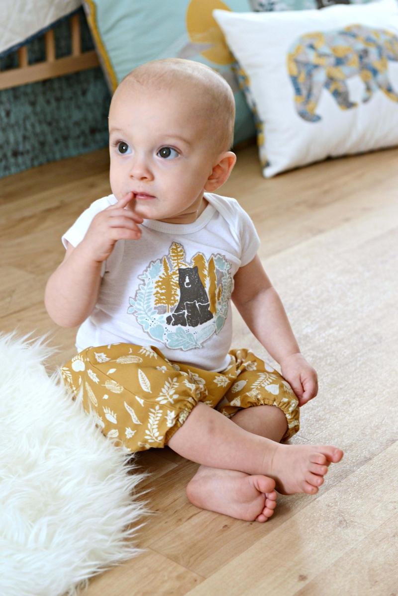 Redwoof Fabric Baby Applique Onesie